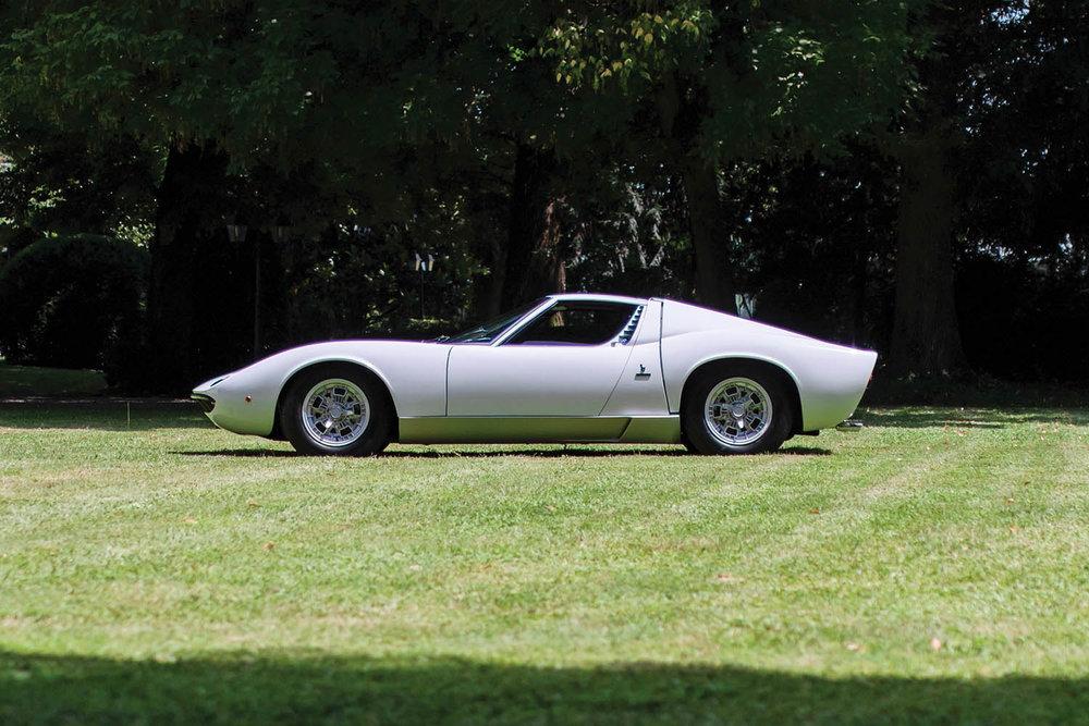 1971-Lamborghini-Miura-P400-S-by-Bertone_5.jpg