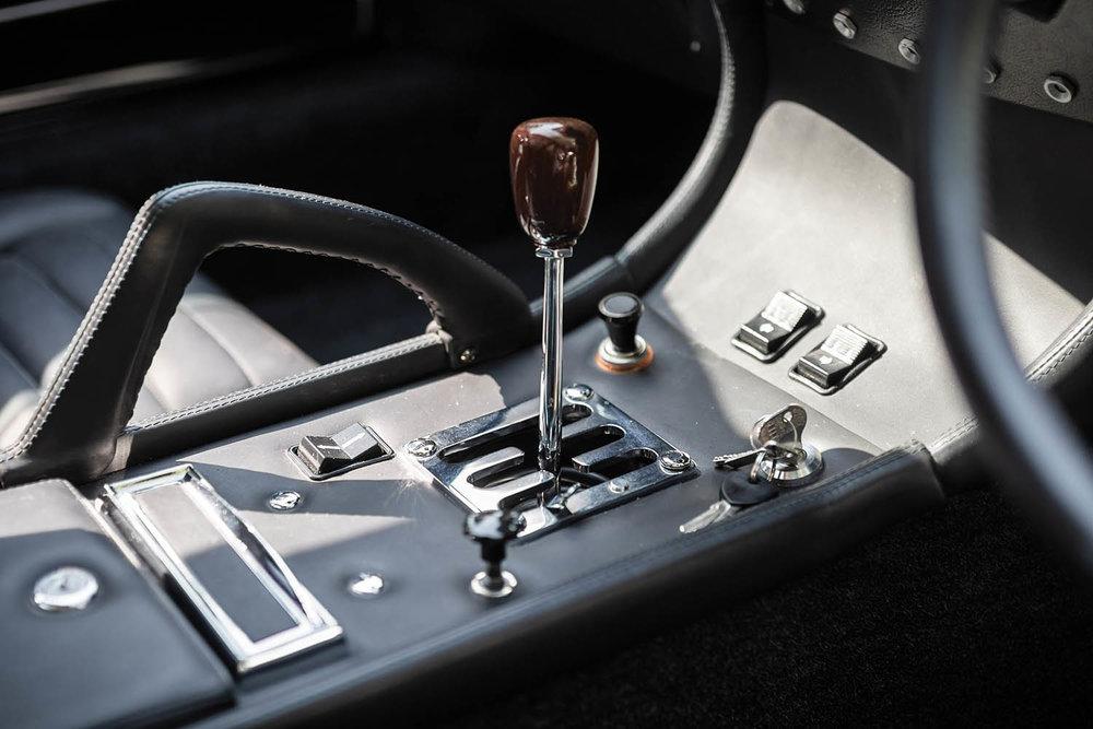 1971-Lamborghini-Miura-P400-S-by-Bertone_14.jpg