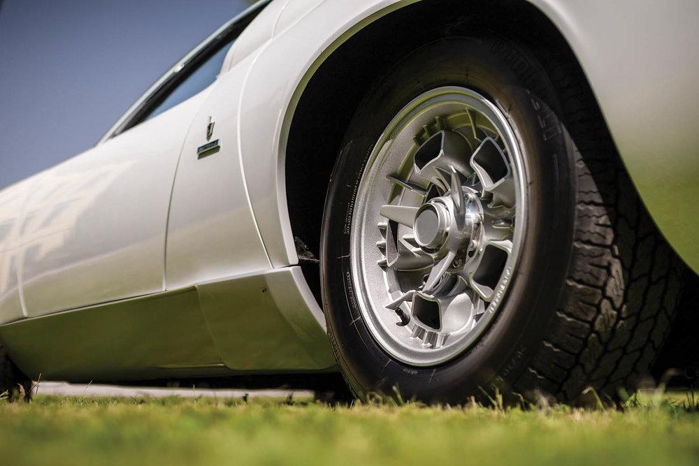 1971-Lamborghini-Miura-P400-S-by-Bertone_21.jpg