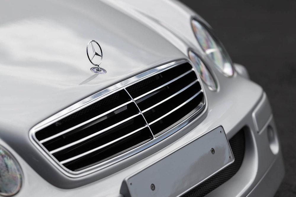 1998-Mercedes-Benz-AMG-CLK-GTR_5.jpg