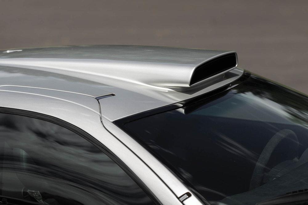 1998-Mercedes-Benz-AMG-CLK-GTR_7.jpg