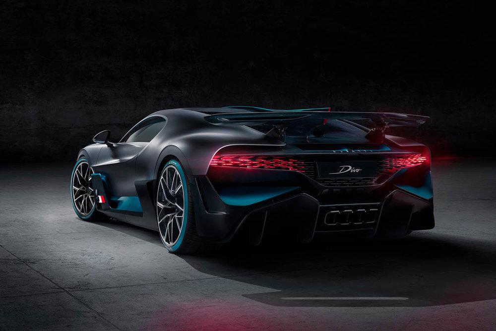 05_Bugatti-Divo_R34.jpg