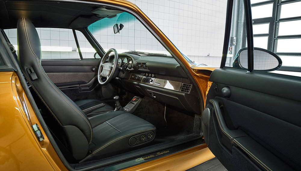 2018-Porsche-911-Turbo--Classic-Series-Project-Gold-_3.jpg