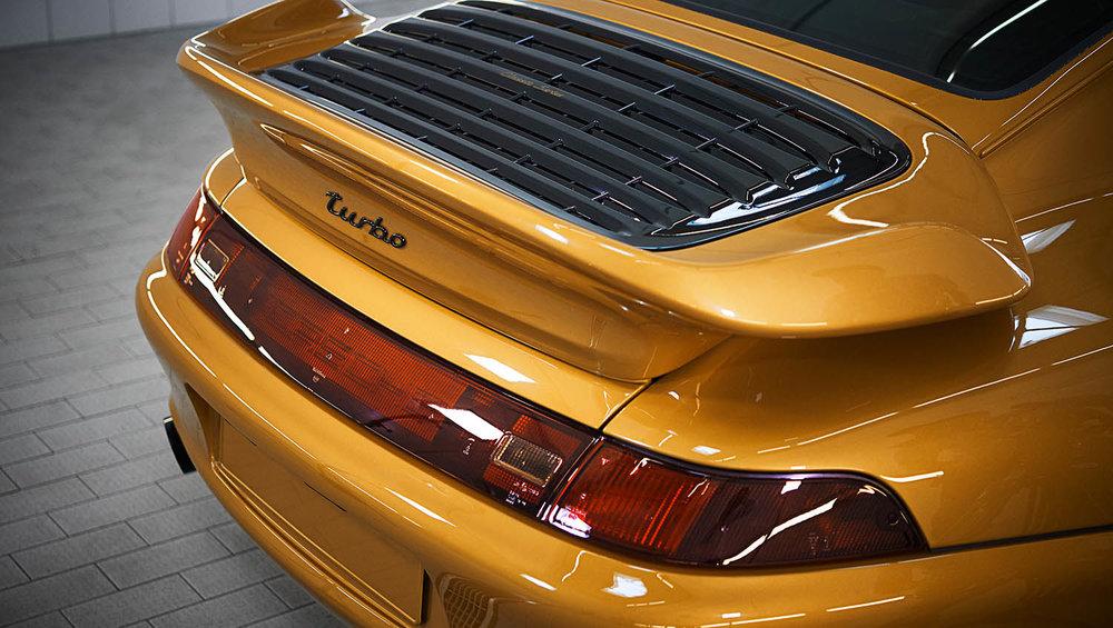 2018-Porsche-911-Turbo--Classic-Series-Project-Gold-_5.jpg