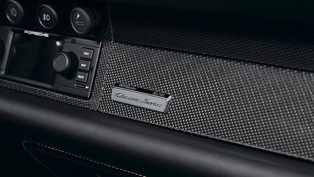 2018-Porsche-911-Turbo--Classic-Series-Project-Gold-_10.jpg