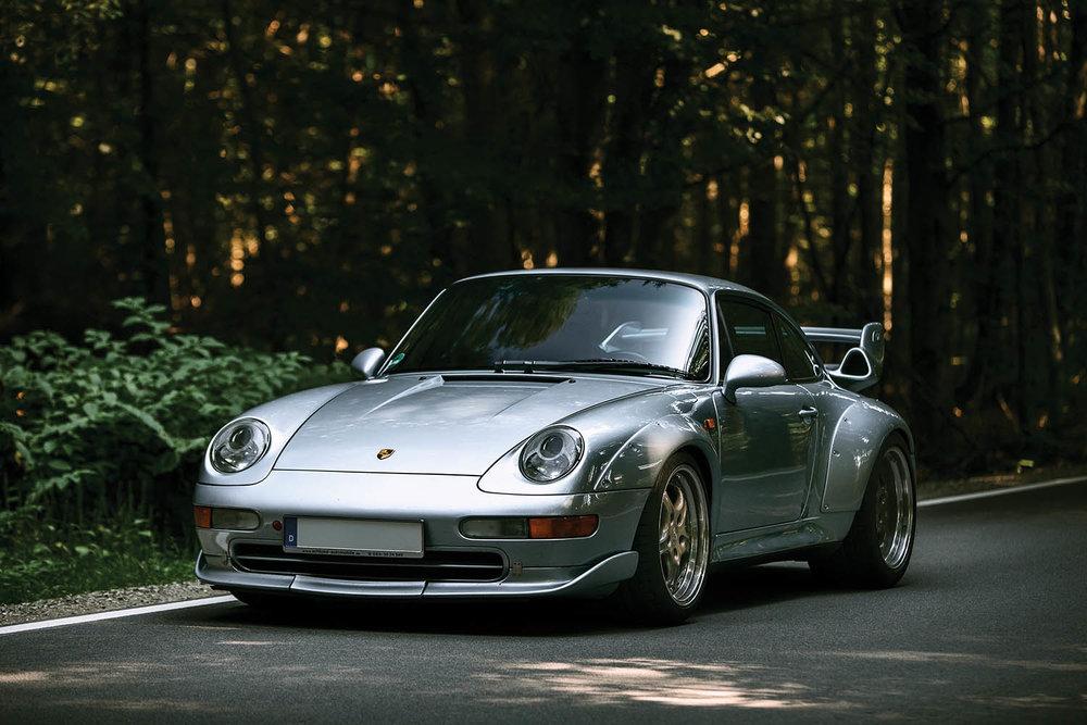 1996-Porsche-911-GT2_0.jpg