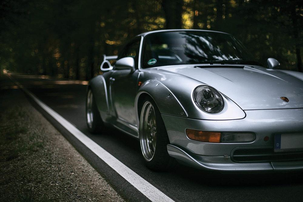 1996-Porsche-911-GT2_16.jpg