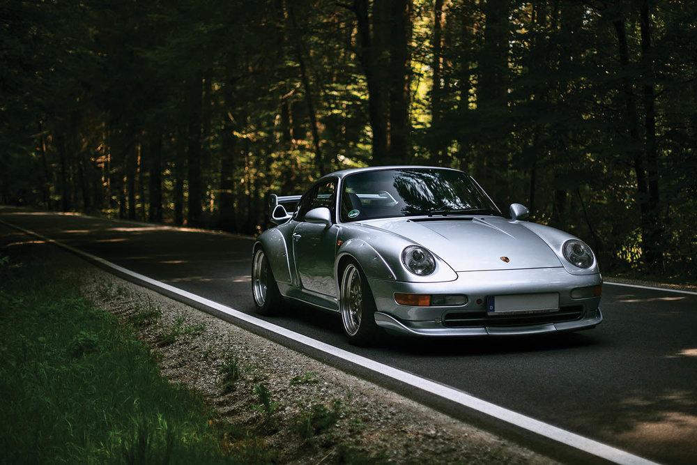 1996-Porsche-911-GT2_27.jpg