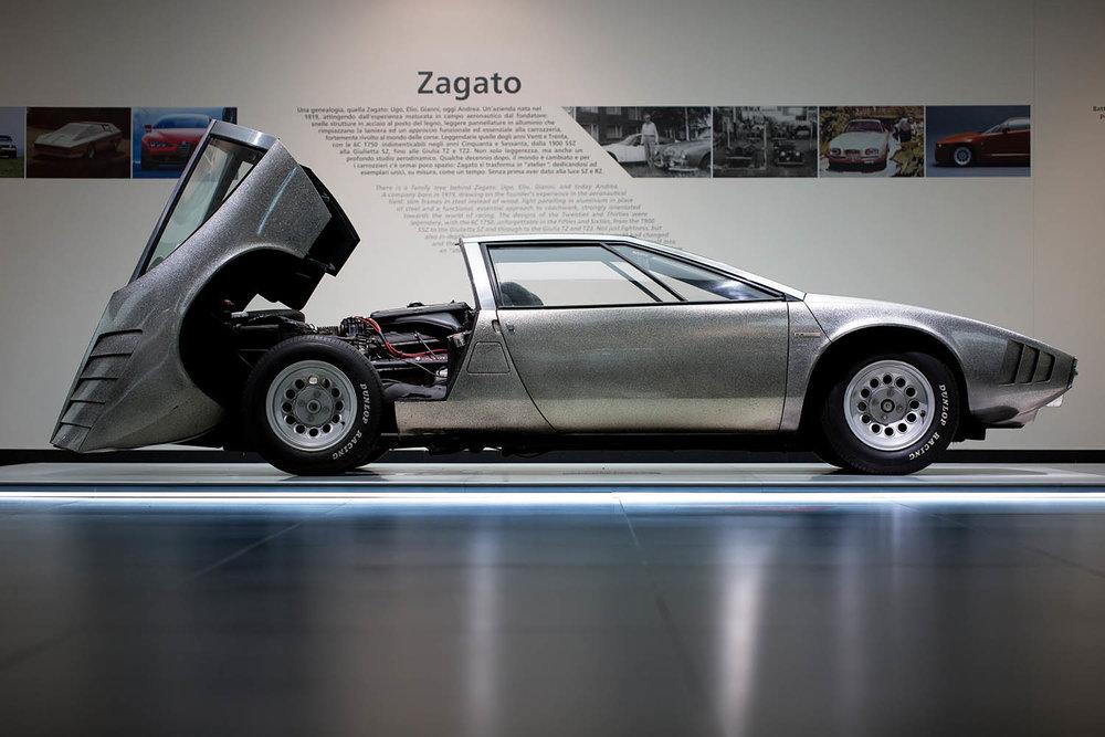 180910_Alfa-Romeo_Cofani-Aperti_13.jpg