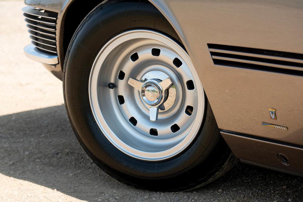 1965-Ferrari-330-GT-2-2-Shooting-Brake-by-Vignale_8.jpg