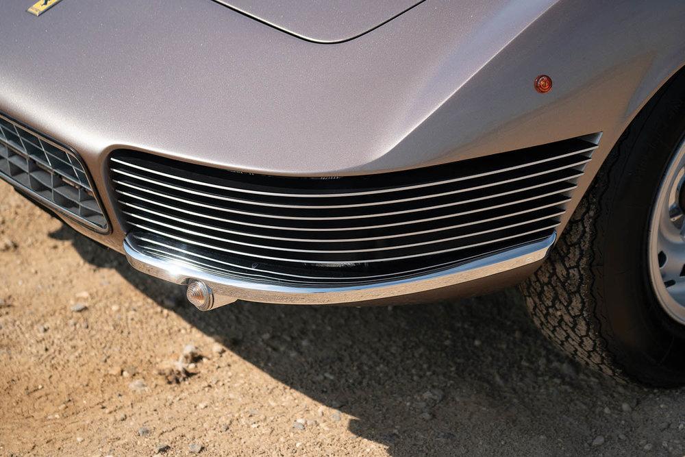 1965-Ferrari-330-GT-2-2-Shooting-Brake-by-Vignale_10.jpg