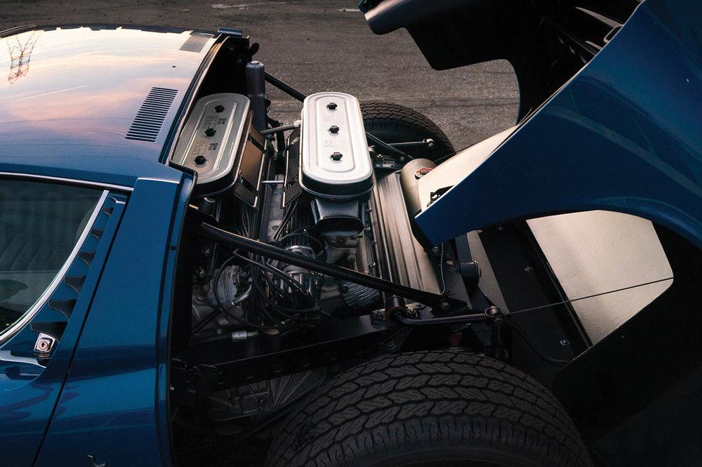 1971-Lamborghini-Miura-P400-SV-by-Bertone_2.jpg