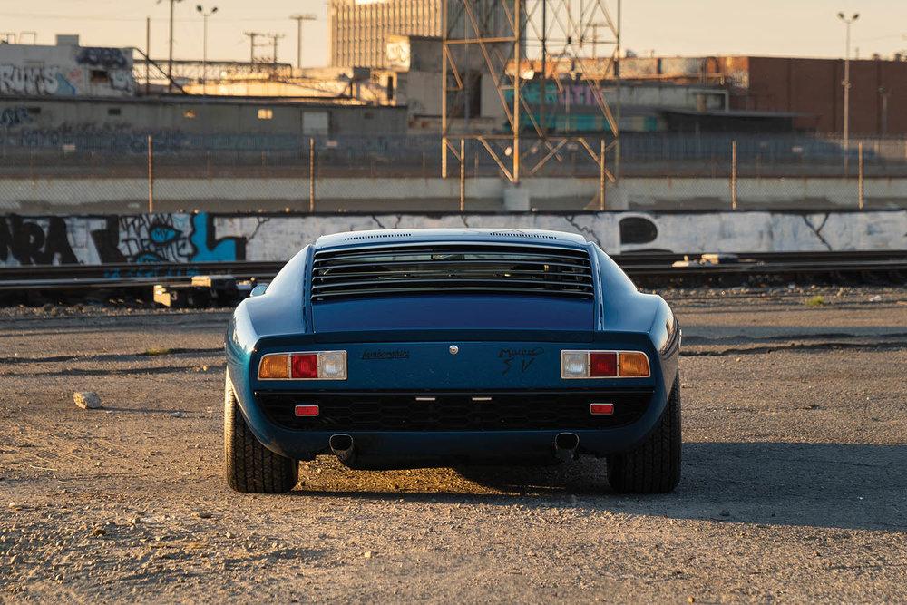 1971-Lamborghini-Miura-P400-SV-by-Bertone_9.jpg