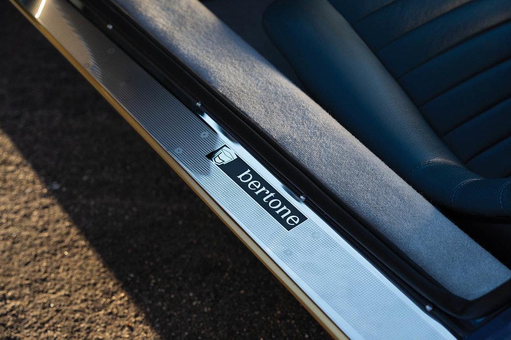 1971-Lamborghini-Miura-P400-SV-by-Bertone_17.jpg