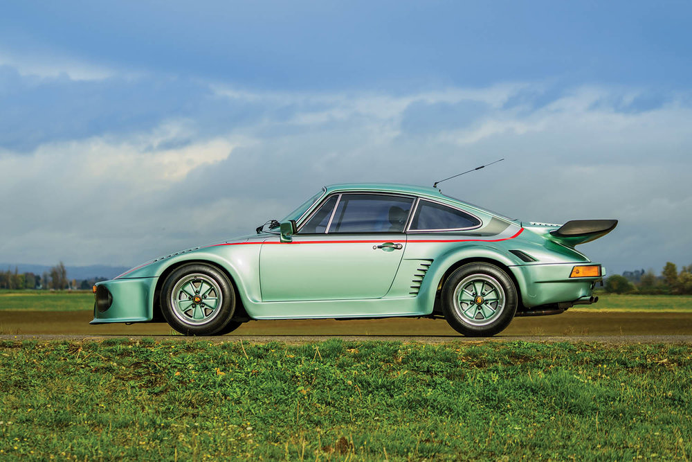 1976-Porsche-935-Gr--5-Turbo-by-Kremer_4.jpg