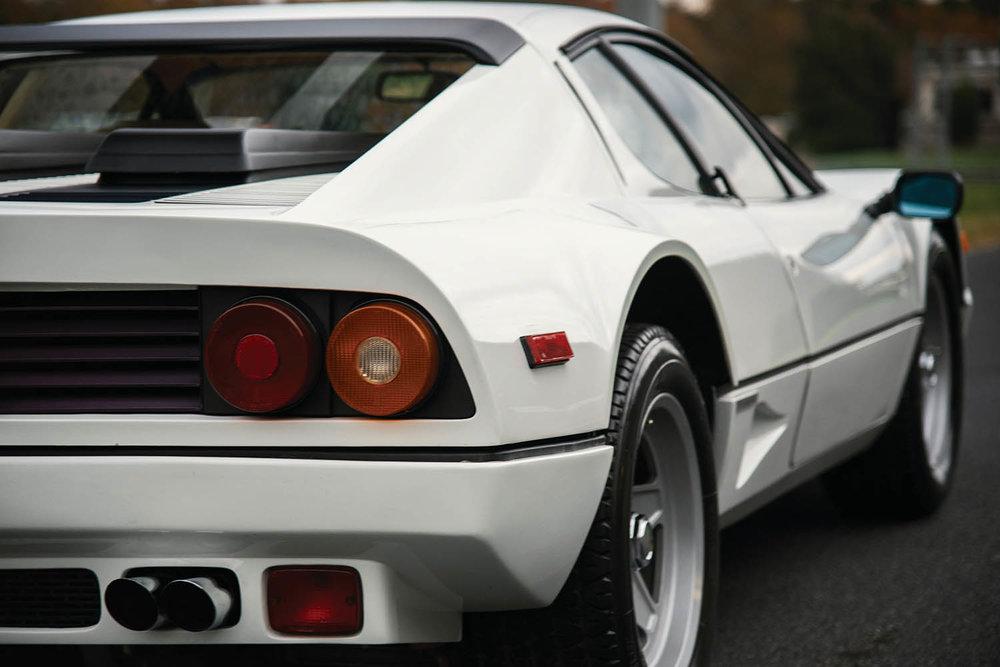 1983-Ferrari-512-BBi_17.jpg