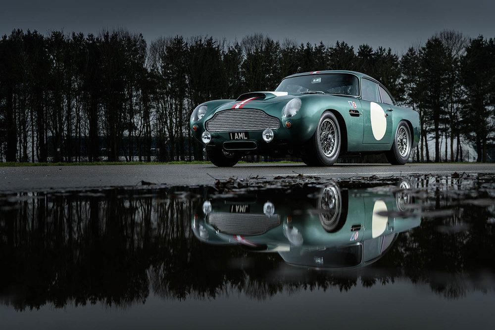 Aston_Martin_DB4_GT_Continuation_1_36379.jpg