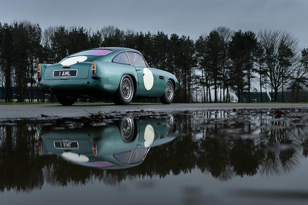 Aston_Martin_DB4_GT_Continuation_3_36381.jpg