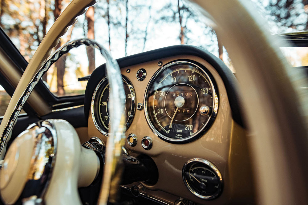 1961-Mercedes-Benz-190-SL_10.jpg