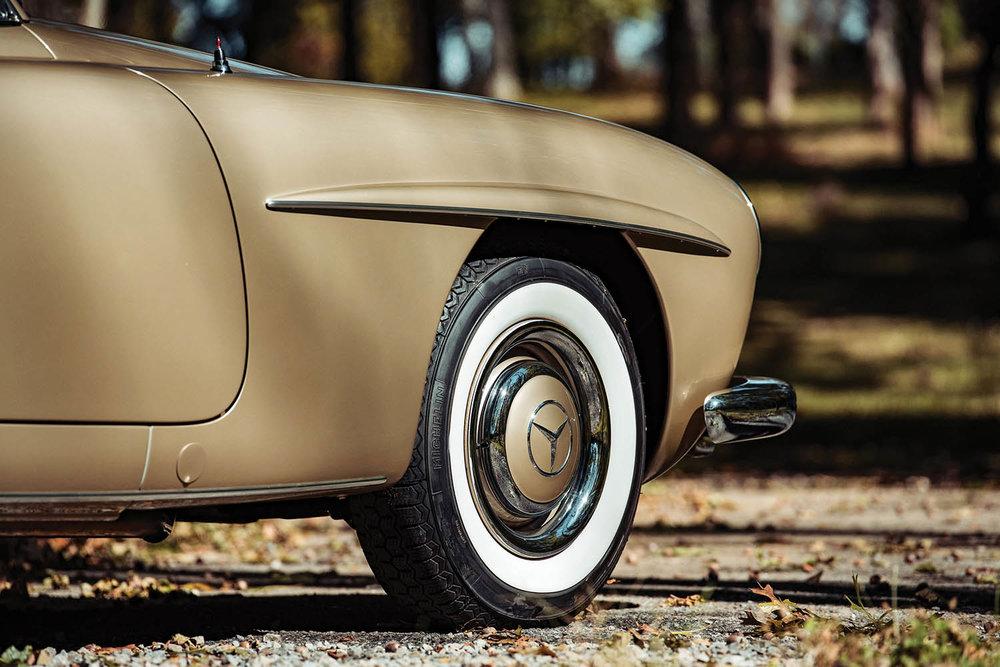 1961-Mercedes-Benz-190-SL_6.jpg