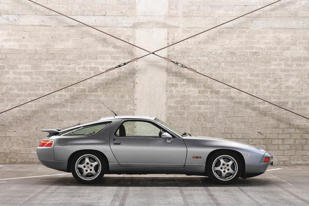 1992-Porsche-928-GTS_4.jpg