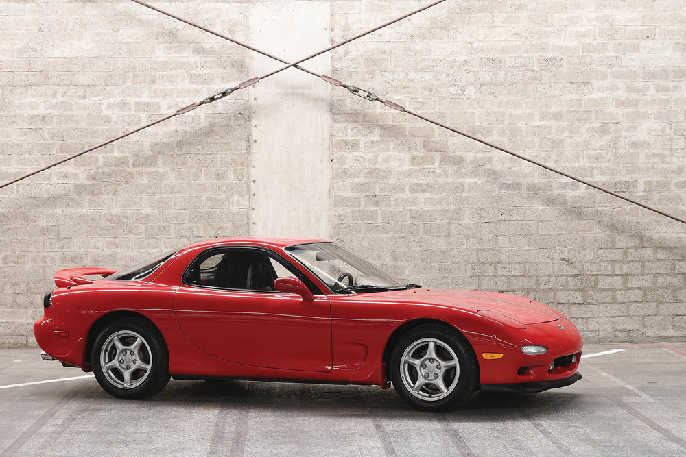 1993-Mazda-RX-7_0.jpg