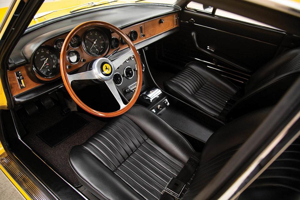 1968-Ferrari-330-GTC-by-Pininfarina_3.jpg