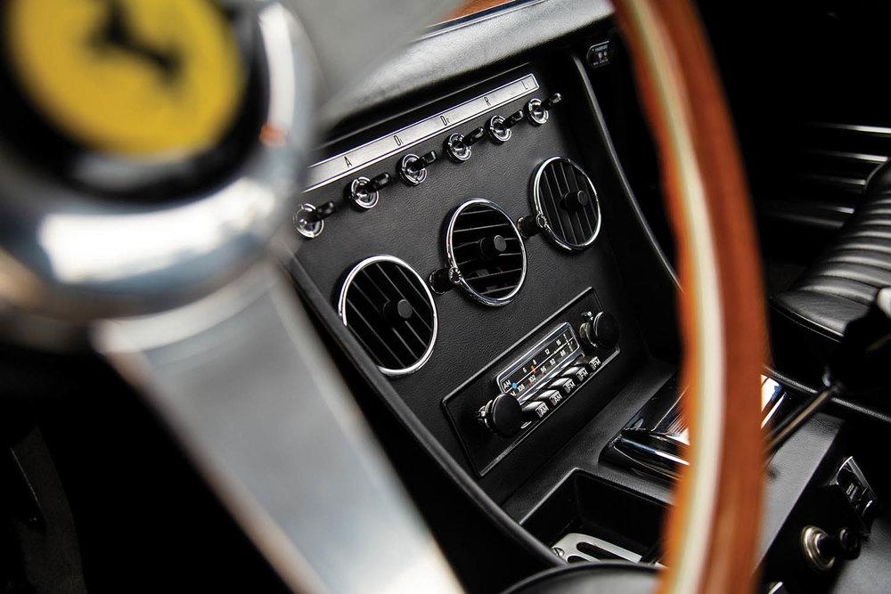 1968-Ferrari-330-GTC-by-Pininfarina_11.jpg