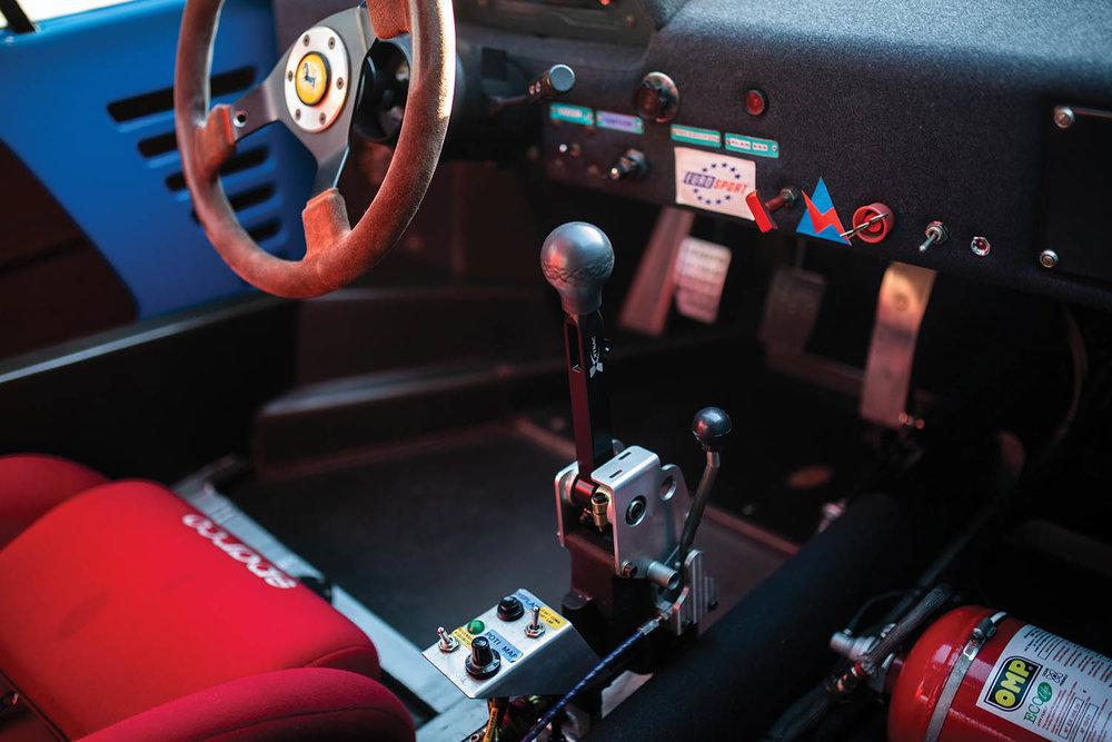 1987-Ferrari-F40-LM_12.jpg