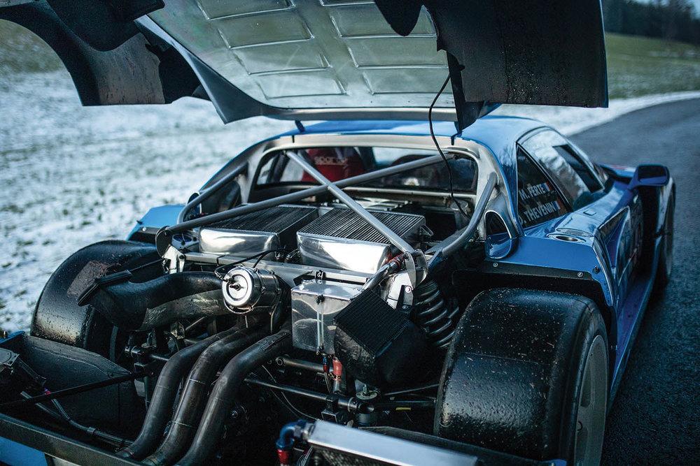 1987-Ferrari-F40-LM_30.jpg