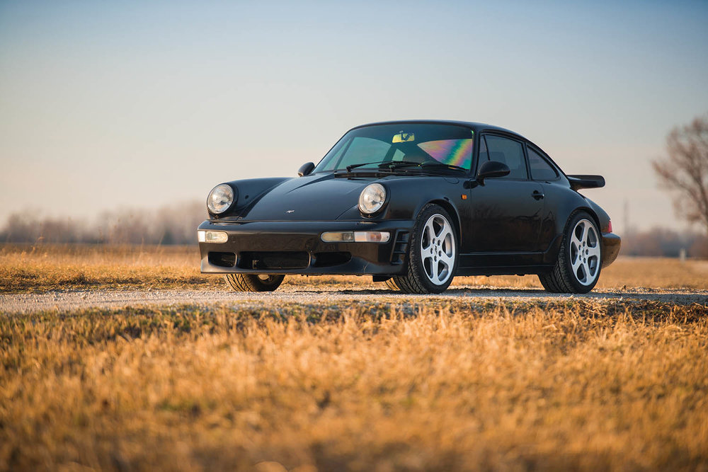 1991-RUF-CR4--Black-Devil-_0.jpg