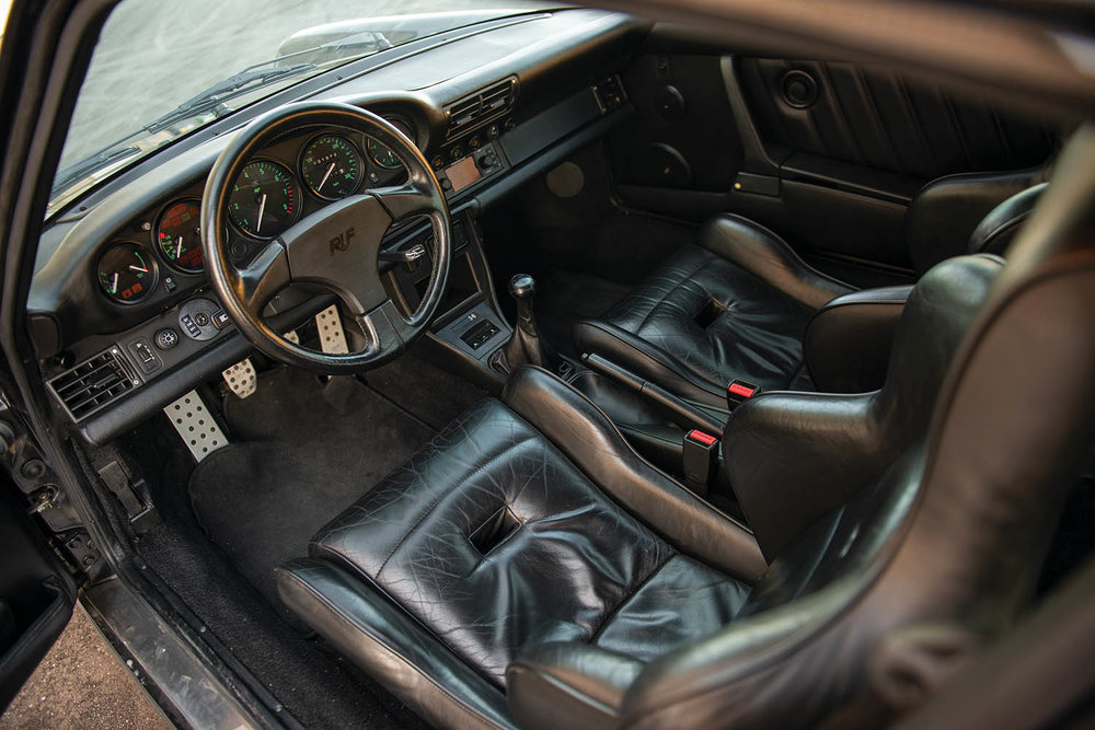 1991-RUF-CR4--Black-Devil-_3.jpg