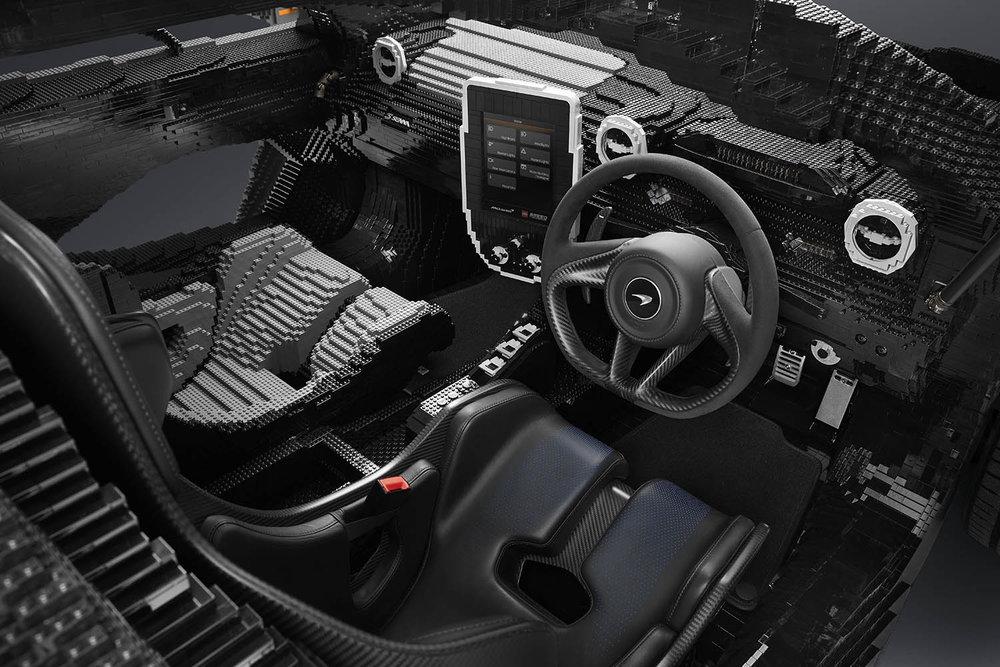 LEGO McLaren Senna_interior.jpg