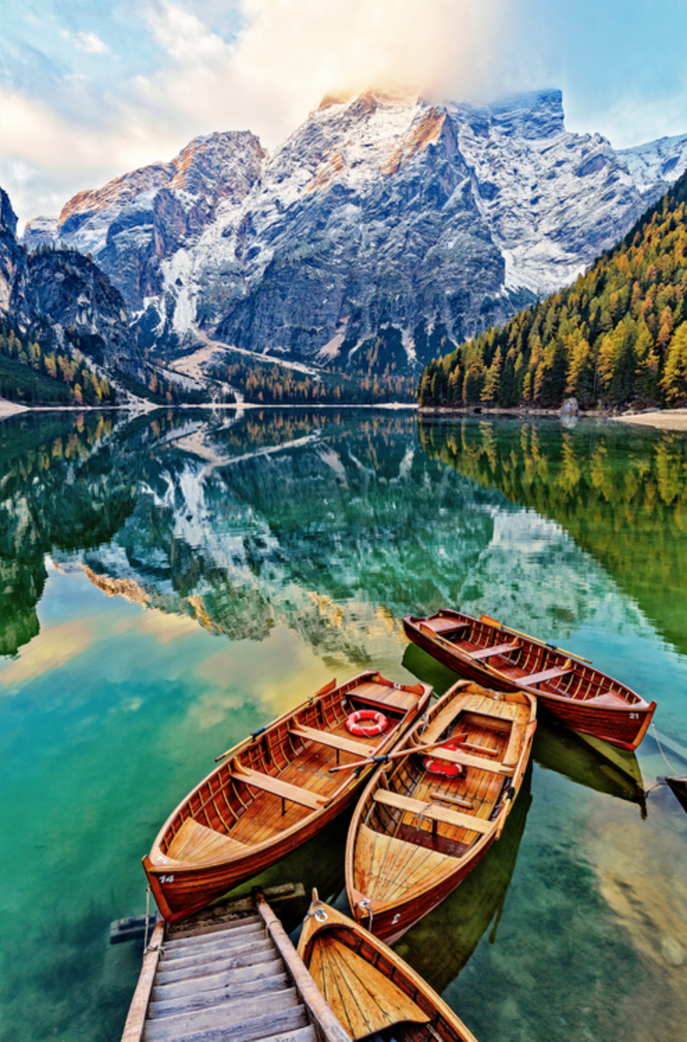 Louis Cantillo - http://www.louiscantillo.comInspirational/worldly travel/landscape photography; printed on canvas (giclees), metal (dye-sub) w/var. finishes/frames; artist takes great pride in beautifully finished art work all done by Artist