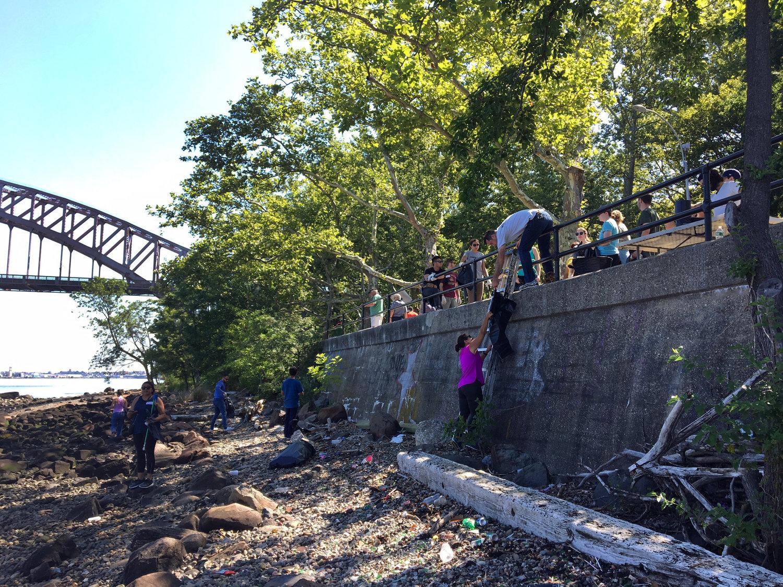 Astoria Park Shoreline Cleanup and Community Volunteer Day — Astoria