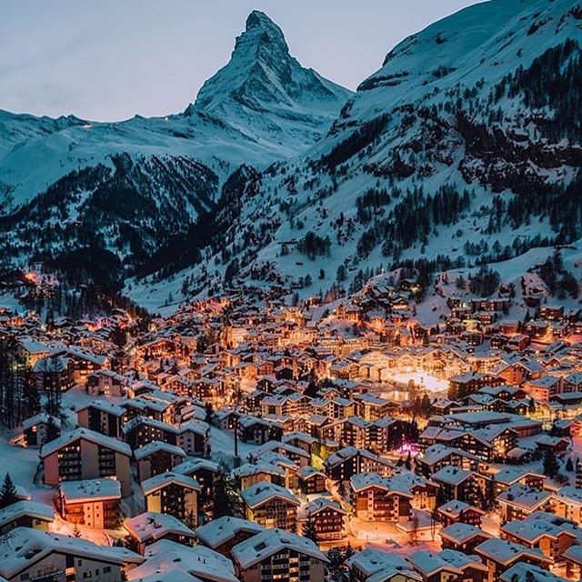 Where's your holiday escape?  Photo: @jakelapham . .⠀ .⠀ .⠀ .⠀ .⠀ .⠀ .⠀ #justgoshoot #peoplescreatives #sustainability #environment #innovation #climatechange #business #economy #calledtobecreative #entreprenuerspirit #stayandwander #change #mountains #snow #imaginebetter #preserve #profitredefined ⠀ #christmas #travel #inspire #tech #agency #ourplanetdaily #liveauthentic #theoutbound #exploretocreate #lifeofadventure #roamtheplanet #modernoutdoors