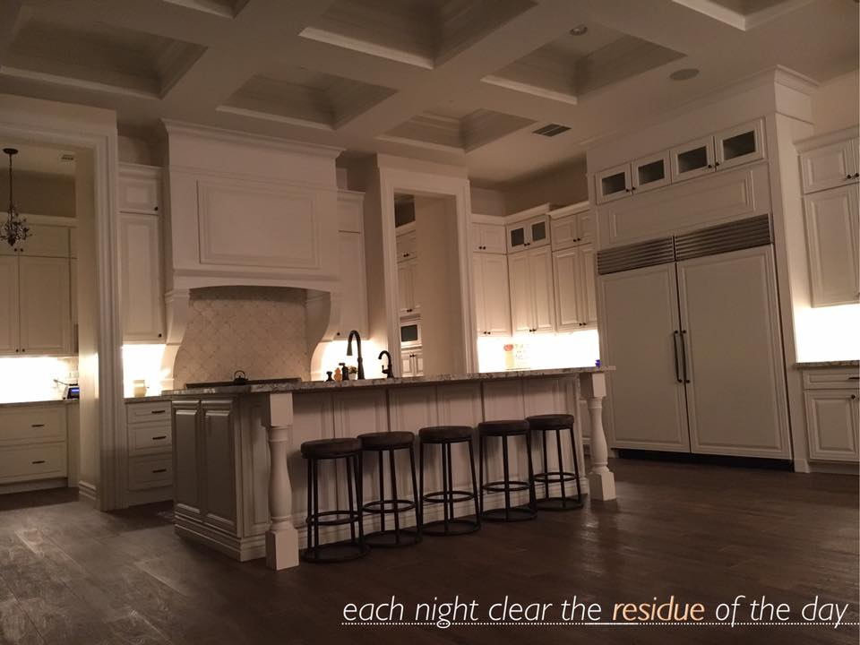 Beautiful white kitchen, great message nightly clean up.