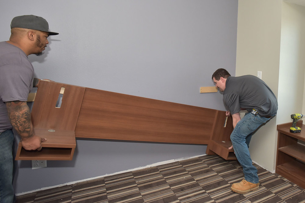SINGLE ROOM HEADBOARD INSTALLATION