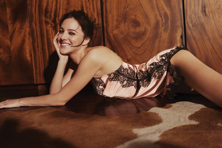 Agent-Provocateur-ICONS-AmeliaPink.jpg