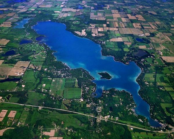 gull_lake_aerial_view1-600x480.jpg