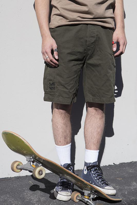 ghetto-wear-blind-jeans-comeback-03-533x800.jpg