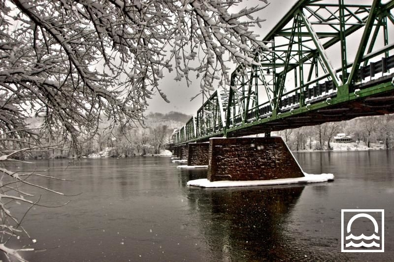 Karen Harmon's winning photo of the Frenchtown-Uhlerstown Bridge over the Delaware River.