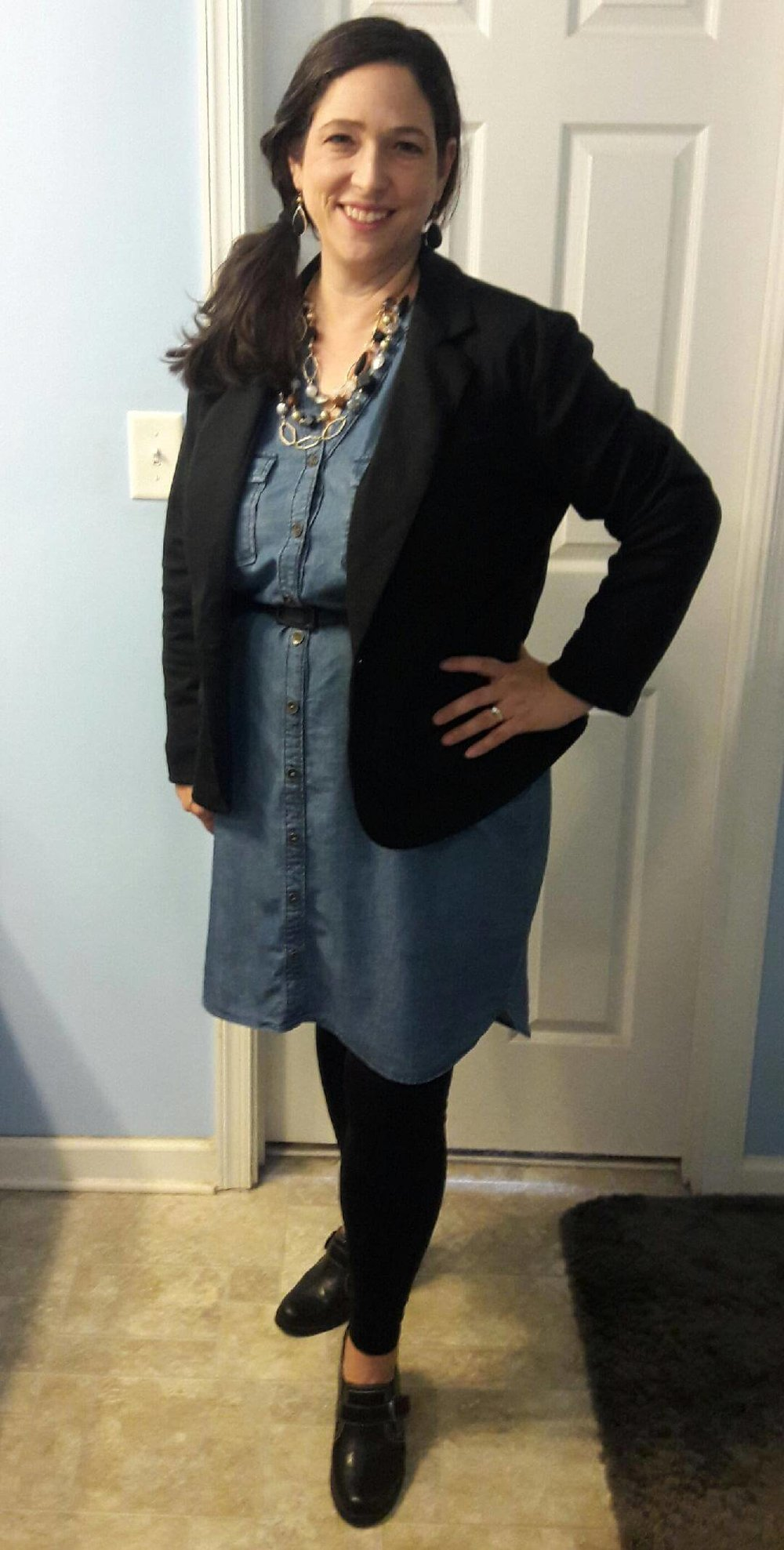 Credit: Laurie from Frumpy Fighters. Click for outfit formula.