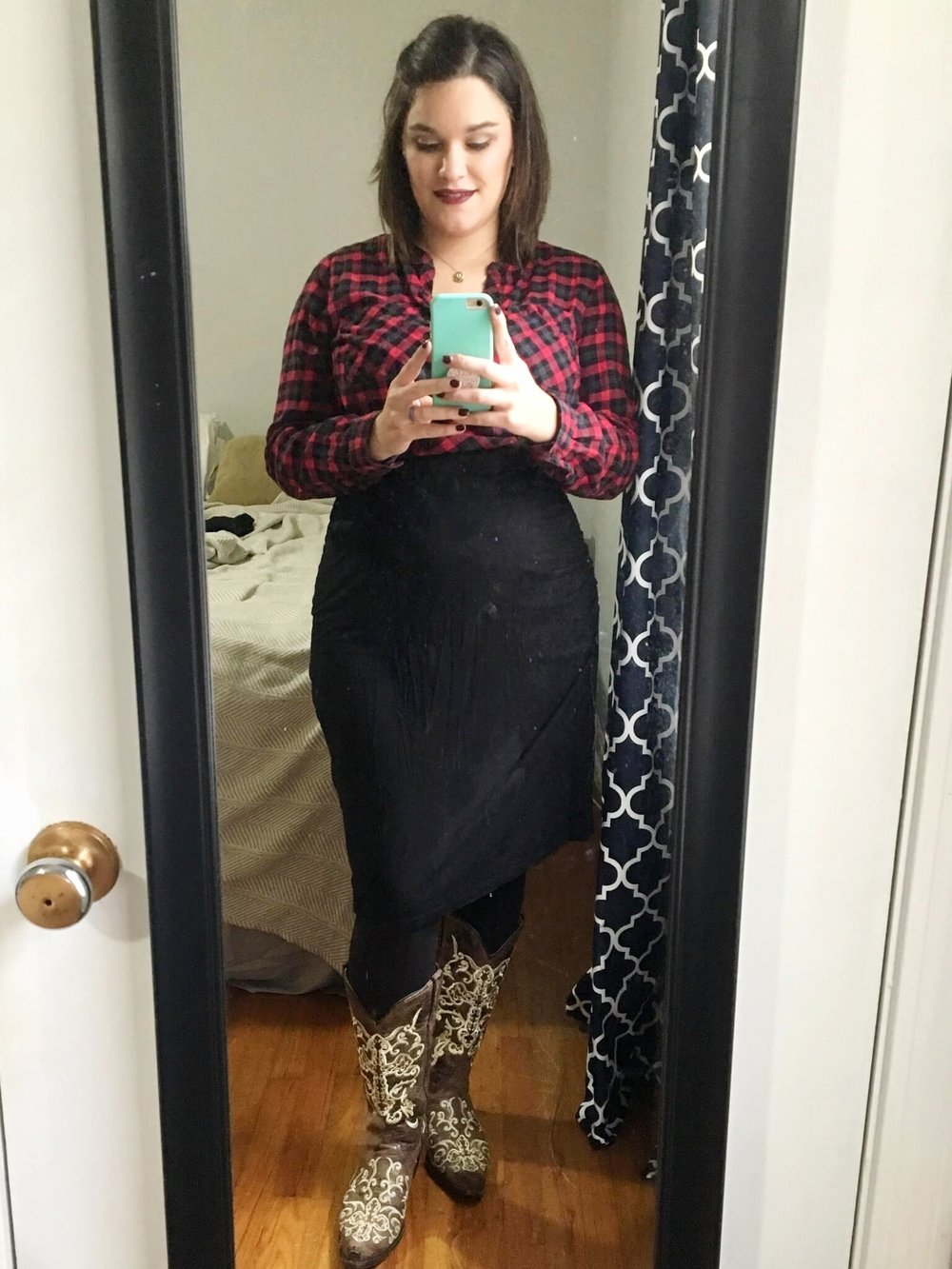 Credit: Natalie in Frumpy Fighters. Click for outfit formula.