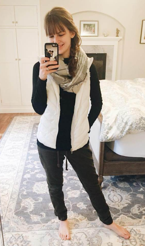 Credit: Abigail in  Frumpy Fighters.   Joggers + Basic Tee + Quilted Vest + Plaid Scarf  Check out her IG account  here !