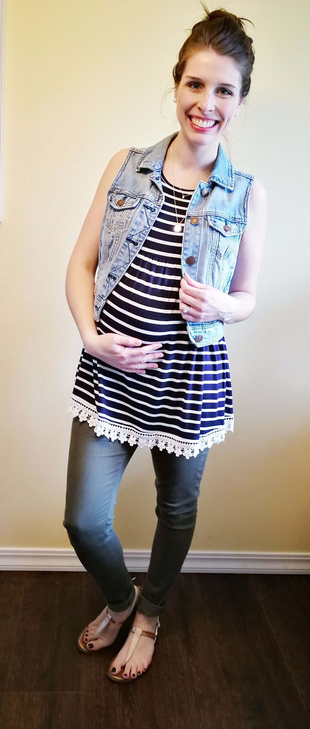 add814a5fef A navy blue and white striped shirt is so versatile! Here are 4 casual but