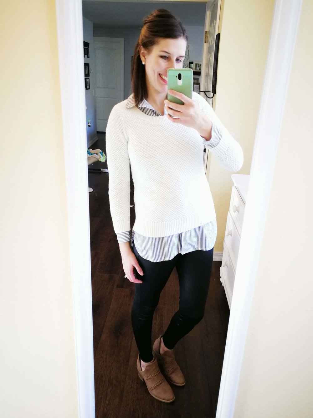45b70b21e3a How to wear faux leather leggings. Business casual or classy errands outfit  idea for winter