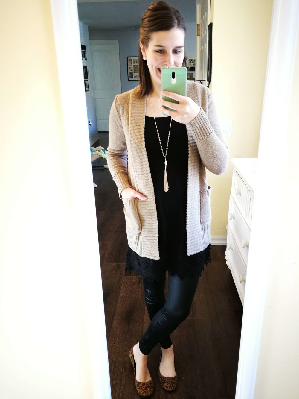 0d4f379b3d2 Classy modest ways to wear faux leather leggings. Casual chic outfit ideas  for winter or