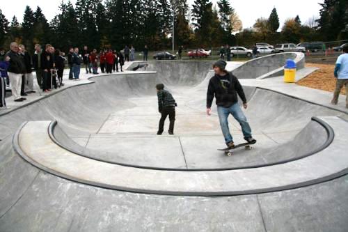 Neighborhood Skateparks in Kelso, WA.