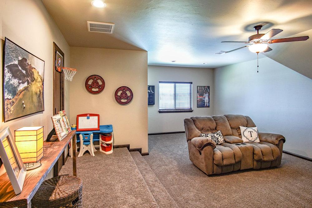 00055 Bonus Room.jpg
